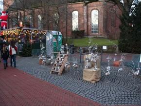 Kirchenstraße zur Weihnachtszeit