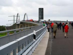 Einweihung der neuen Störbrücke